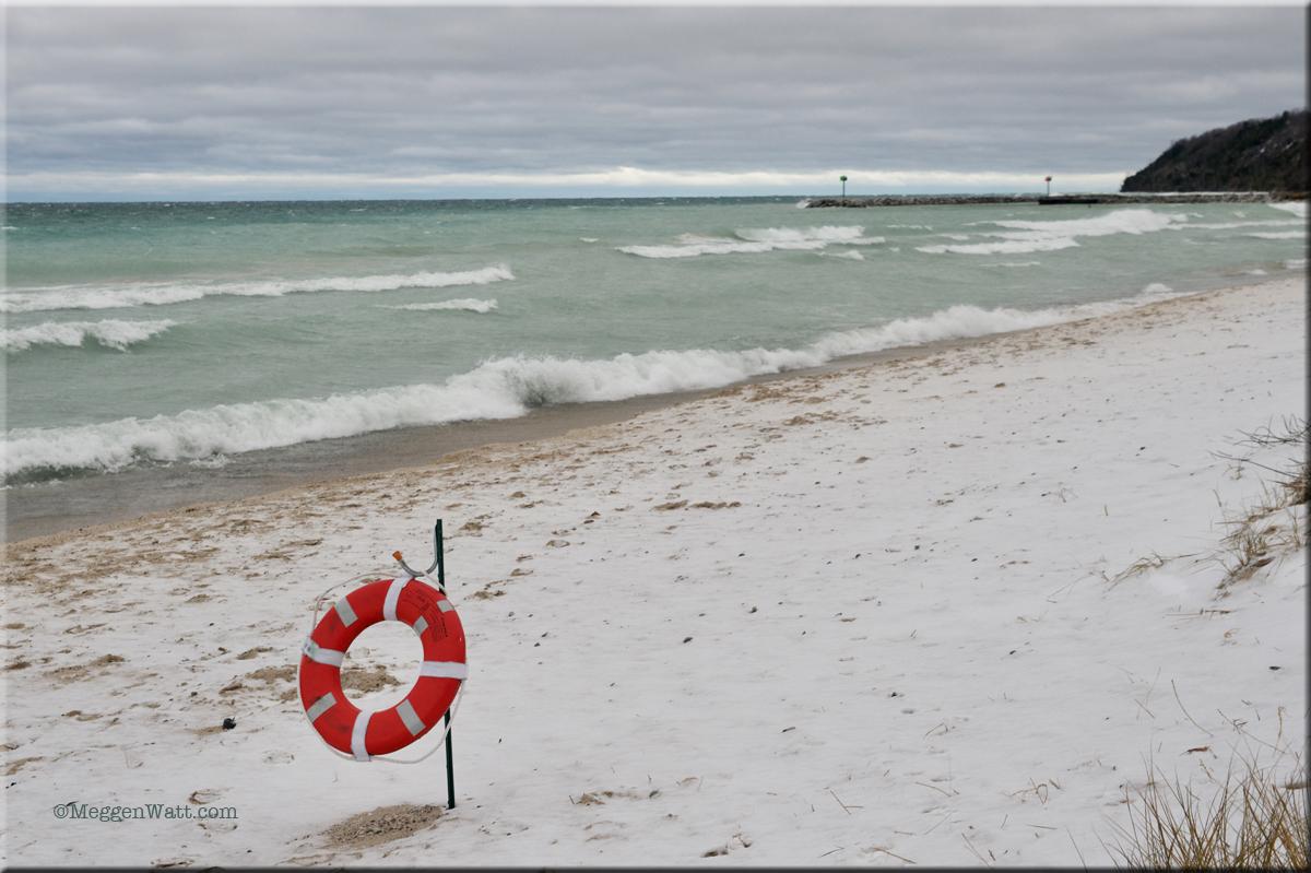 Life Ring S Beach MWP 8619