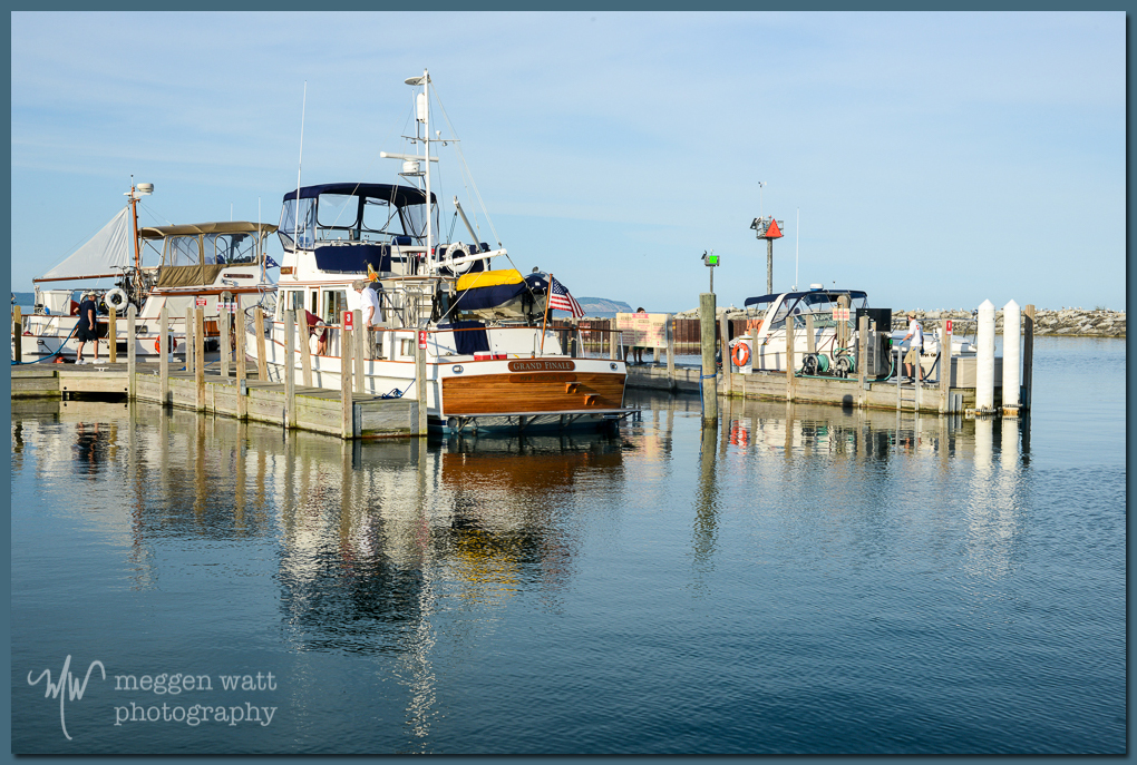 TLR-20160829-activity At Fuel Dock Leland Harbor-5370