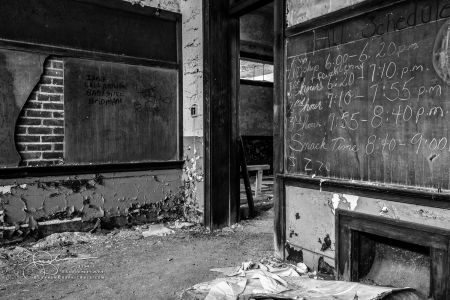 Abandoned DNE8153-Edit