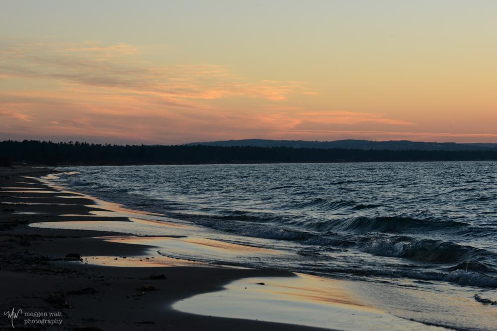 Waves Fingerpaint The Sand-8765